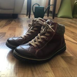 Rieker red leather ankle boots sz 6.5